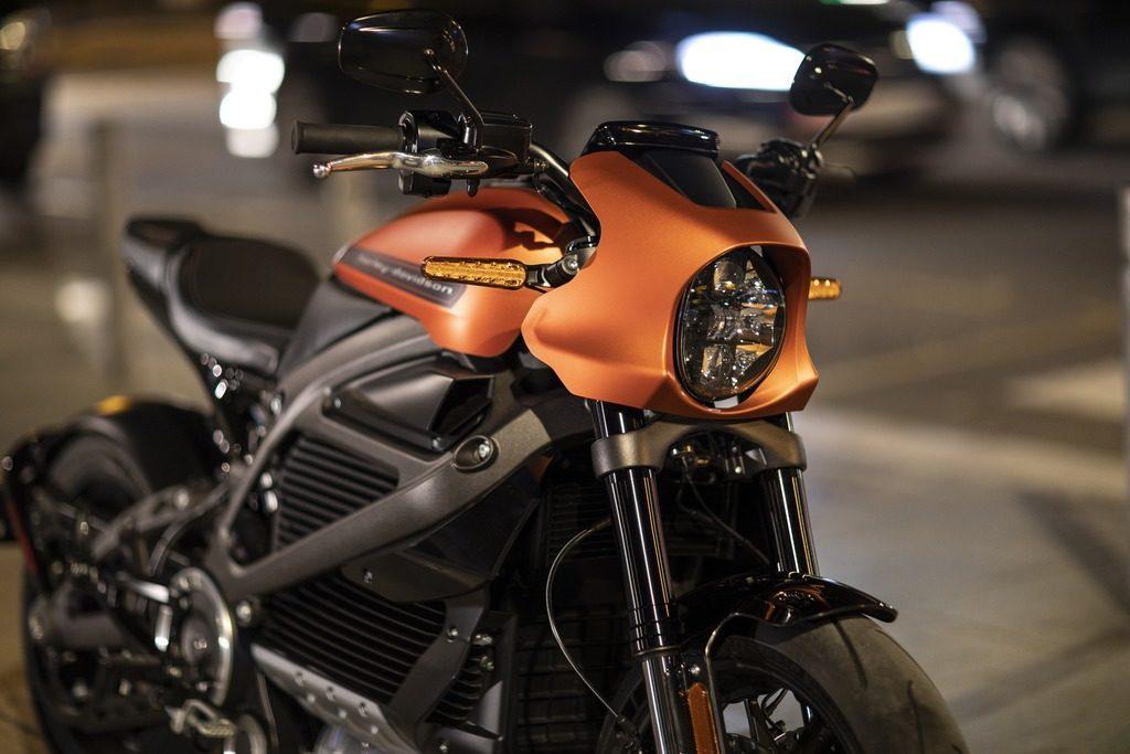 חזית של אופנוע LiveWire