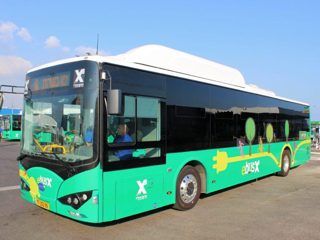 אוטובוס חשמלי ירוק של חברת BYD בצי של אגד