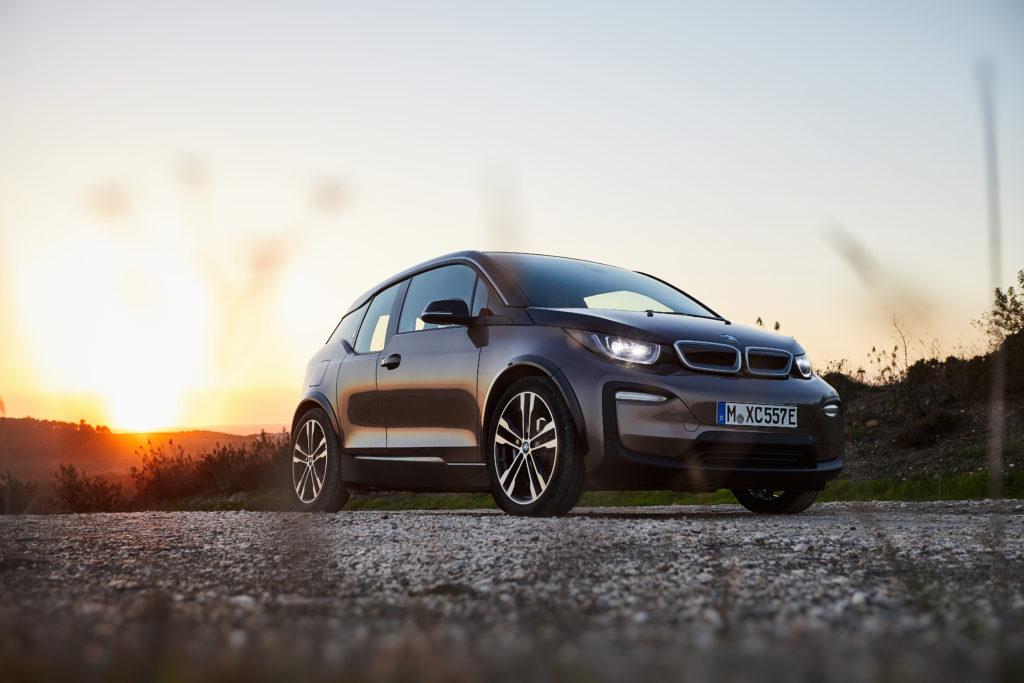 BMW i3 שחורה