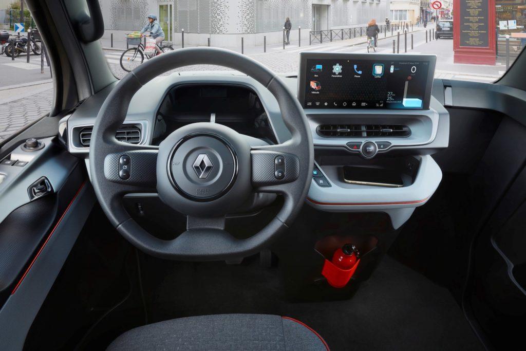 פנים הרכב של ה-EZ Flex