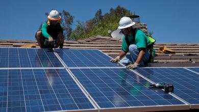 Photo of שיא חדש בהקמת פאנלים סולאריים בארצות הברית