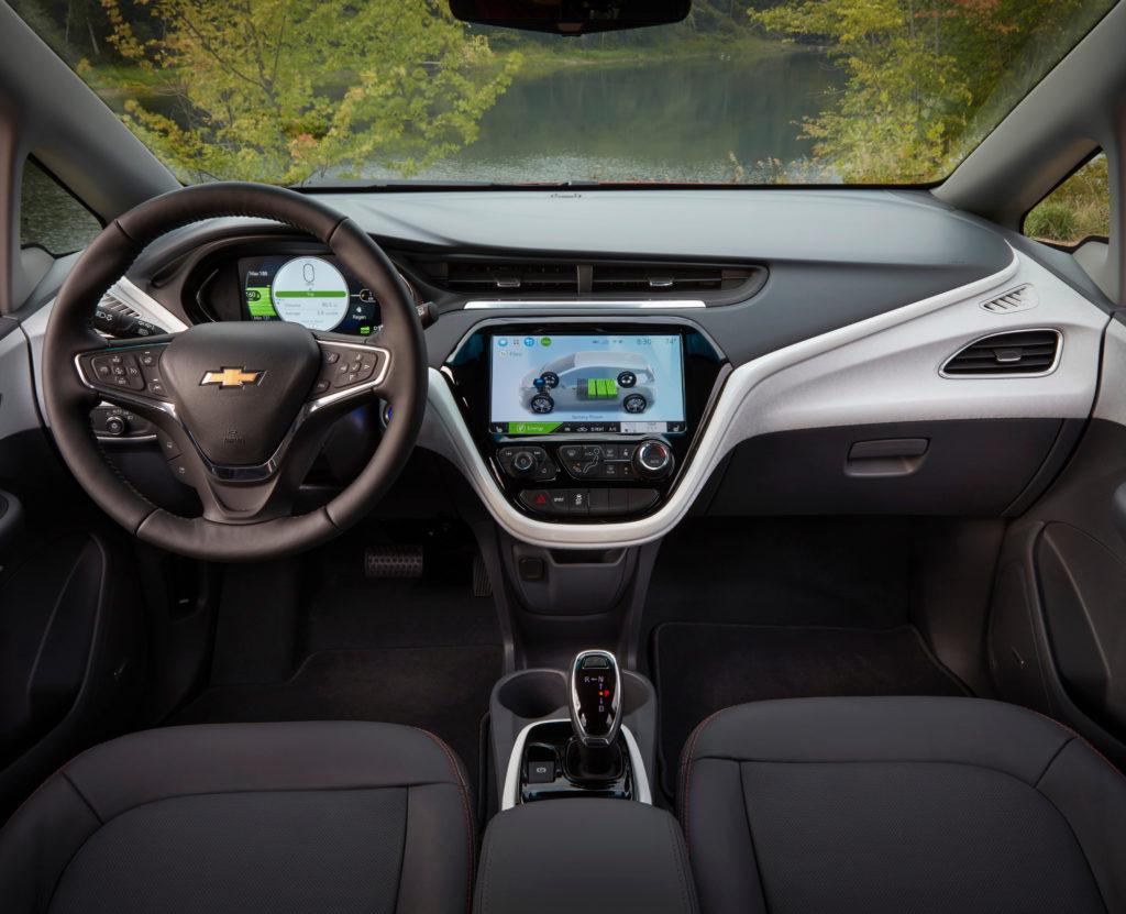 פנים הרכב, מבט על פנים הרכב ומערכת המולטימדיה של הנהג