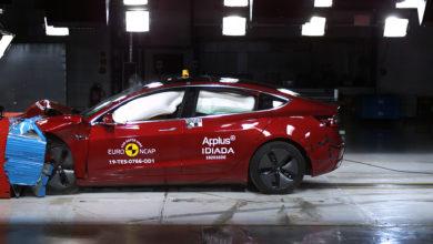 Photo of טסלה מודל 3 עוברת בהצטיינות יתרה את מבחני הריסוק של ה-NCAP