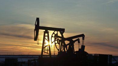 Photo of חברות הנפט נלחמות (ונכשלות) במעבר לתחבורה חשמלית