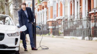 "Photo of סימנס הקימה בלונדון את ""הרחוב החשמלי"" הראשון"