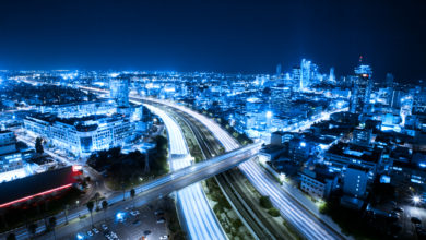 Photo of דירה עם עמדת טעינה: הפער בין רכבים חשמליים וחיים בעיר גדולה