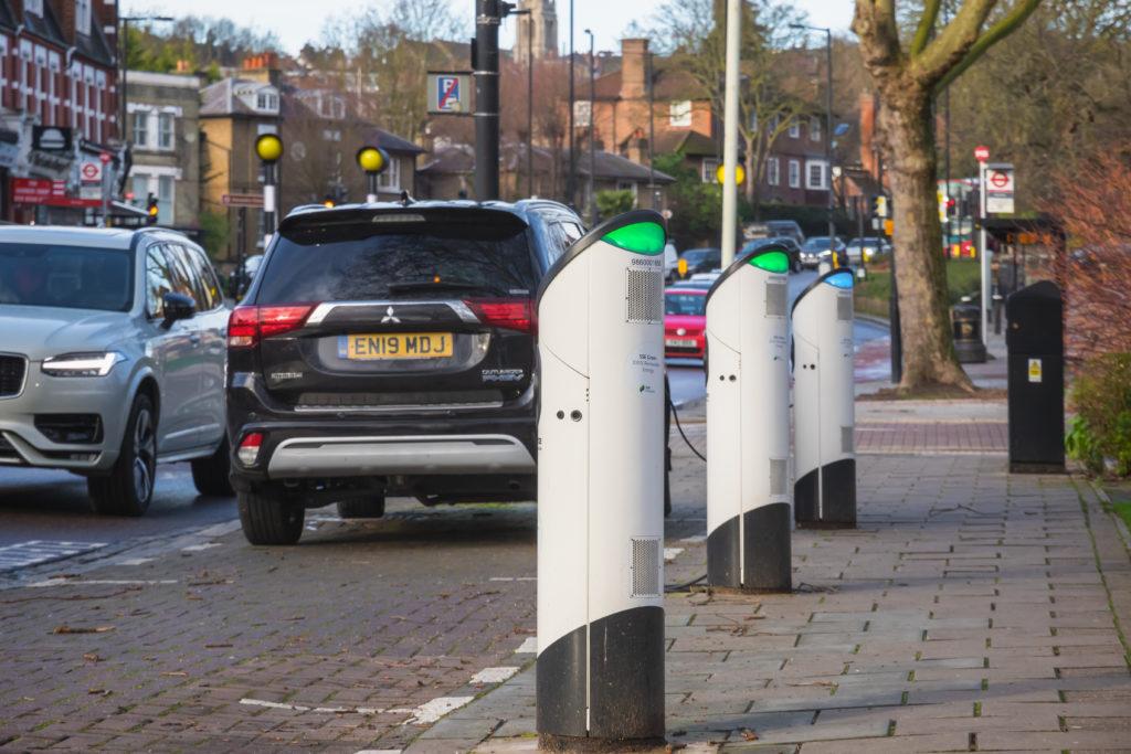 עמדות טעינה לרכב חשמלי בלונדון