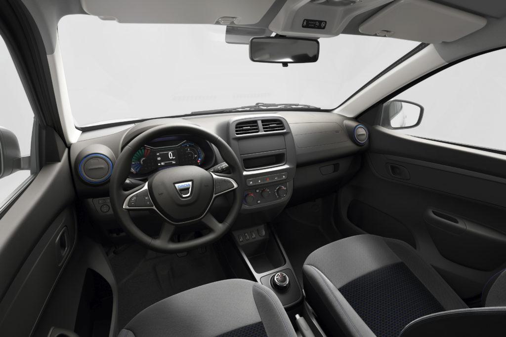 פנים הרכב של הדאצ׳יה ספרינג החשמלית