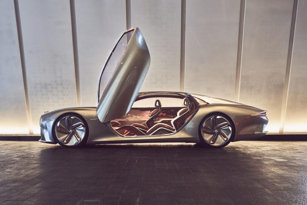 רכב קוסנפט חשמלי כחלק מתכונית בנטלי Beyond100