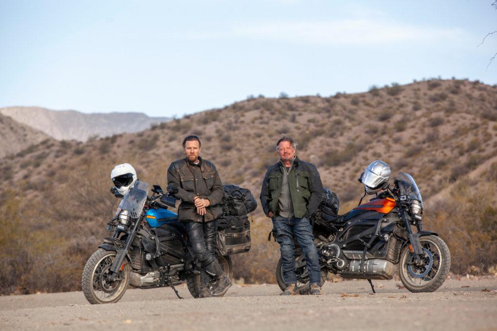 יואן מקגרגור וצ׳ארלי בורמן בסדרה Long Way Up