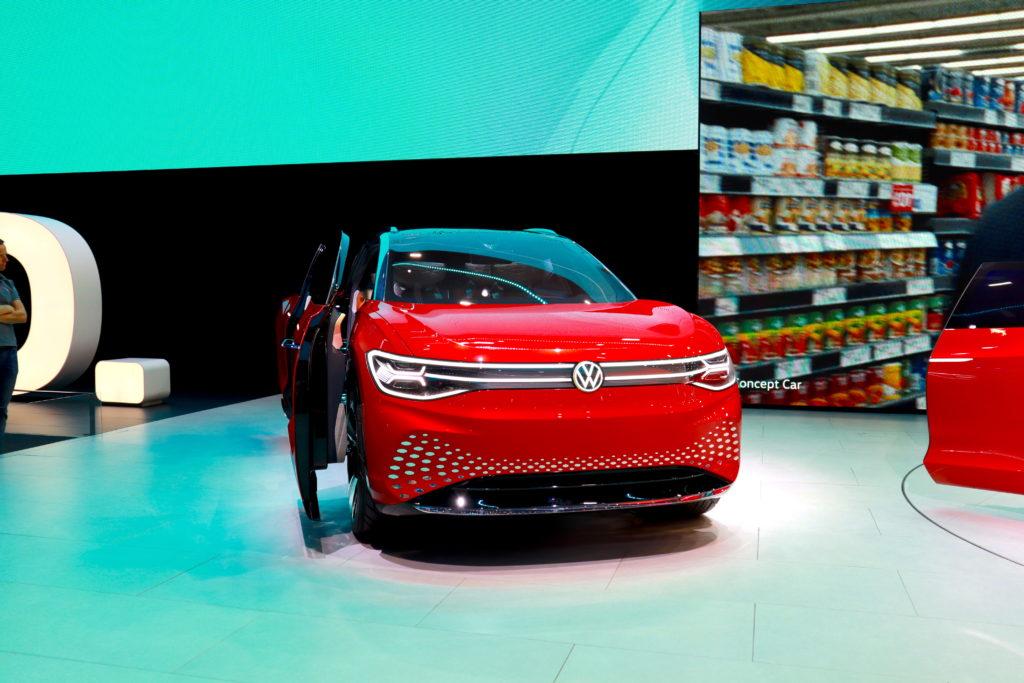 פוקלסווגן ID Roomzz מבט מקדמת הרכב בתערוכת הרכב בפרנקפורט