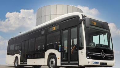 אוטובוס חשמלי מרצדס eCitaro עם הכיתוב אגד במסך האוטובוס החיצוני