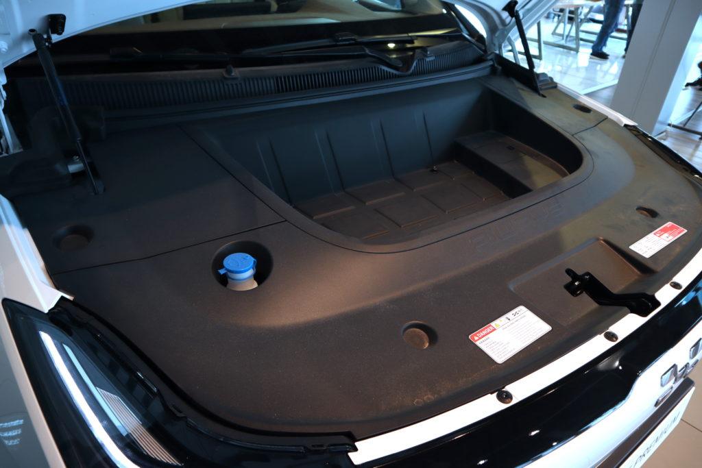 תא מטען קומפקטי קדמי ברכב החשמלי AIWAYS U5