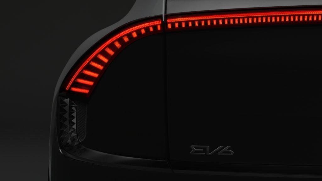 האורות האחוריים של הקיה EV6