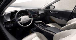 פנים הרכב של הקיה EV6 החשמלית
