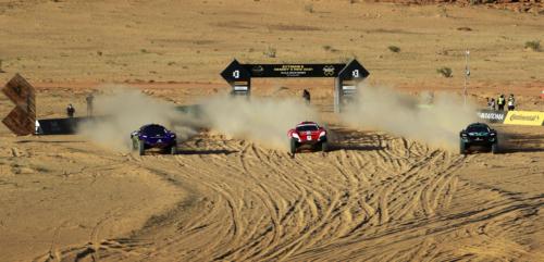 רכבים במירוץ אקסטרים E במסלול