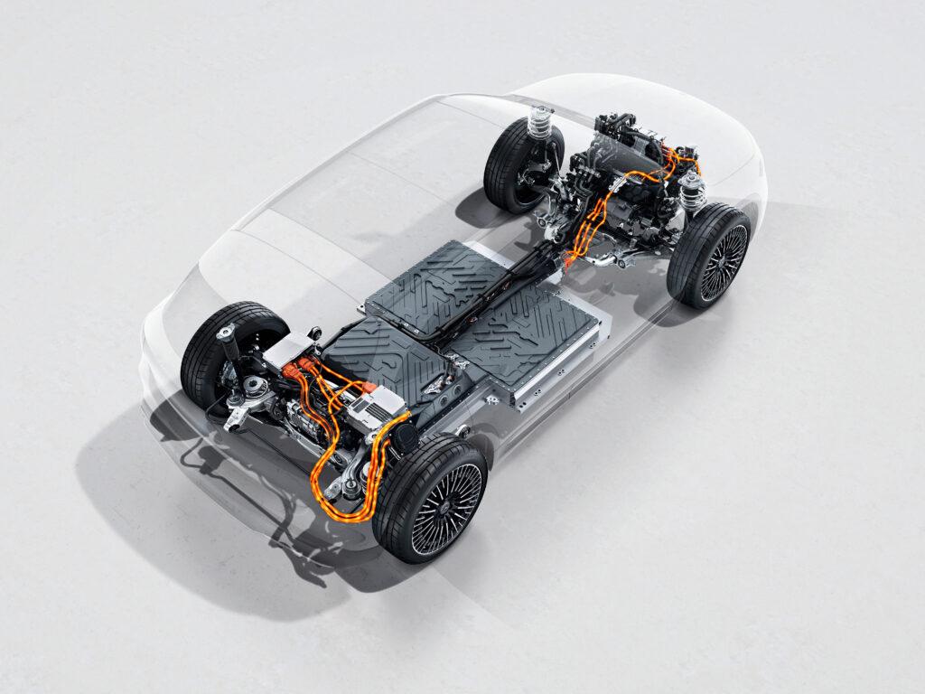 תשתית של המרצדס EQA החשמלית עם שני מנועים - אחד בכל ציר