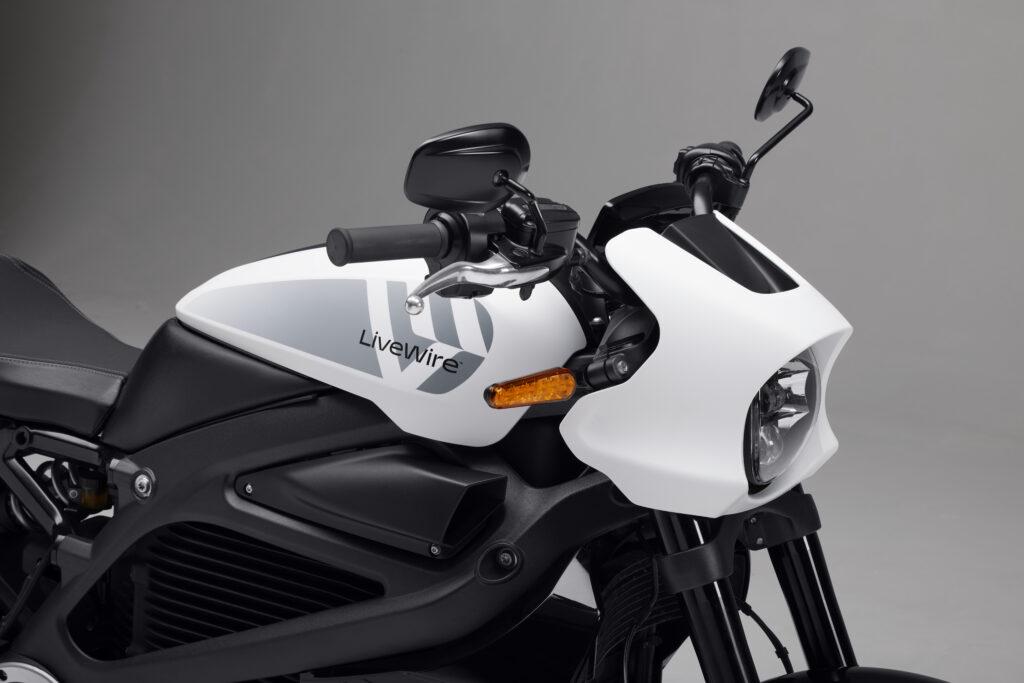 אופנוע חשמלי של המותג החדש LiveWire מבית הארלי דיווידסון