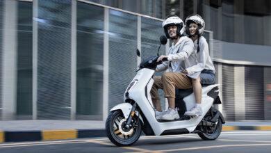 קטנוע חשמלי עם סוללה נשלפת של הונדה U-Go