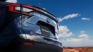 אחורי הרכב של סובארו סולטרה EV חשמלית